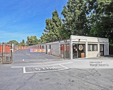 Storage Units for Rent available at 990 Beck Avenue, Fairfield, CA 94533 Photo Gallery 1