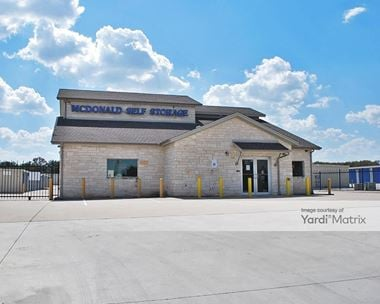 Storage Units for Rent available at 6211 Williams Drive, Georgetown, TX 78633