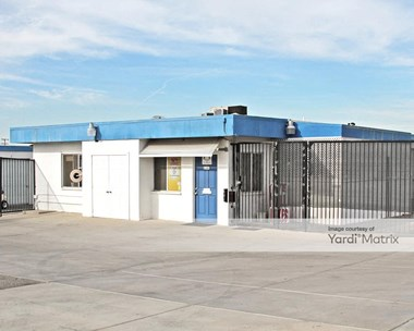 Storage Units for Rent available at 27460 McCall Blvd, Sun City, CA 92585 Photo Gallery 1