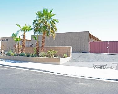 Storage Units for Rent available at 788 South Vella Road, Palm Springs, CA 92264