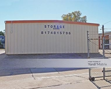 Storage Units for Rent available at 410 East Northwest Hwy, Grapevine, TX 76051