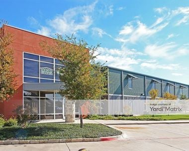 Storage Units for Rent available at 950 South Kimball Avenue, Southlake, TX 76092