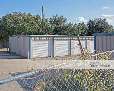 Storage Units for Rent available at 4635 Williams Road, Benbrook, TX 76116 Photo Gallery 1