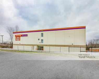 Storage Units for Rent available at 4849 West 115th Street, Alsip, IL 60803