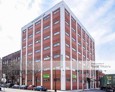 Storage Units for Rent available at 901 West Adams Street, Chicago, IL 60607 Photo Gallery 1