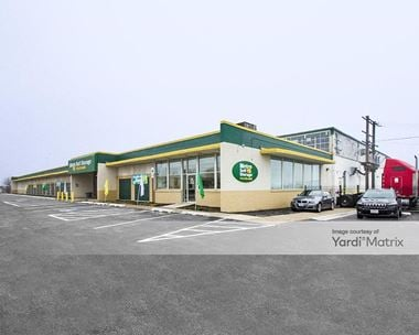 Storage Units for Rent available at 2740 West 79th Street, Chicago, IL 60652 Photo Gallery 1
