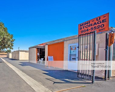 Storage Units for Rent available at 130 Mallard Way, Oxnard, CA 93030 Photo Gallery 1