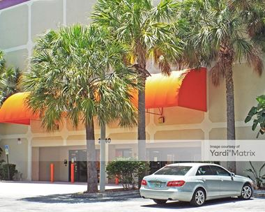 Storage Units for Rent available at 2940 NE 188th Street, Aventura, FL 33180
