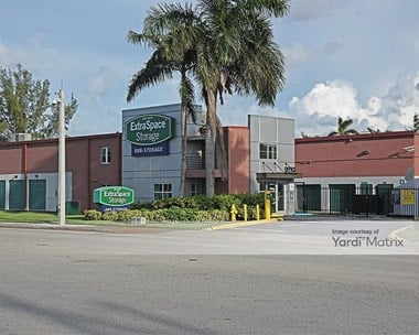 Storage Units for Rent available at 8900 NW 12th Street, Miami, FL 33172 Photo Gallery 1