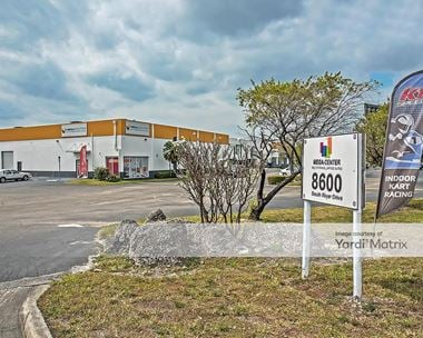 Storage Units for Rent available at 8600 NW South River Drive, Miami, FL 33166 Photo Gallery 1