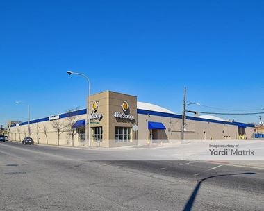 Storage Units for Rent available at 4500 West Grand Avenue, Chicago, IL 60639 Photo Gallery 1
