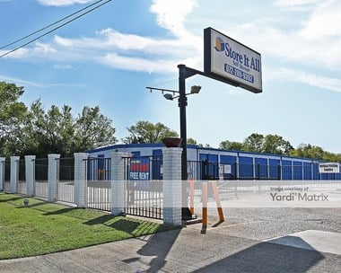 Storage Units for Rent available at 3940 Samuell Blvd, Mesquite, TX 75149 Photo Gallery 1