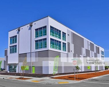 Image for Central Self Storage - 685 SE Division Place, OR