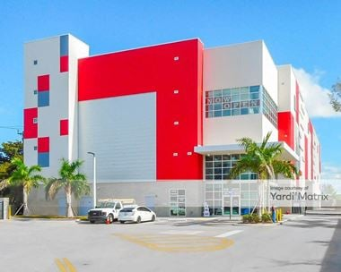 Storage Units for Rent available at 15555 West Dixie Hwy, North Miami Beach, FL 33162