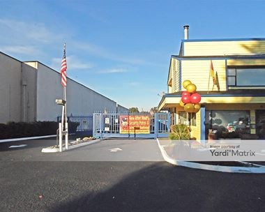Storage Units for Rent available at 1721 Central Avenue South, Kent, WA 98032