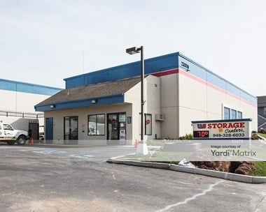 Storage Units for Rent available at 23370 Moulton Pkwy, Laguna Hills, CA 92653 Photo Gallery 1