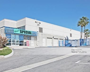 Storage Units for Rent available at 13632 Euclid Street, Garden Grove, CA 92843