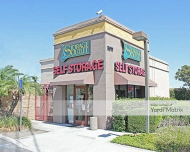 Storage Units for Rent available at 5911 Firestone Blvd, South Gate, CA 90280 Photo Gallery 1
