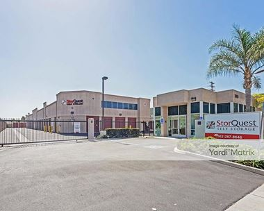 Storage Units for Rent available at 2318 East South Street, Long Beach, CA 90805