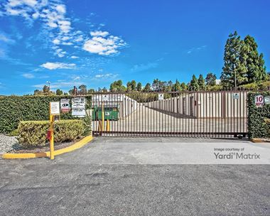 Storage Units for Rent available at 75 West Easy Street, Simi Valley, CA 93065 Photo Gallery 1