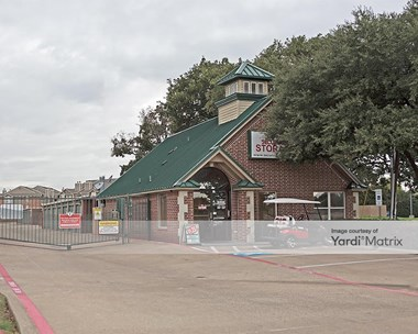 Storage Units for Rent available at 2413 Highway 121, Bedford, TX 76021 Photo Gallery 1