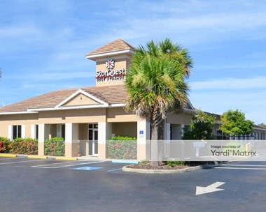 Storage Units for Rent available at 4625 Clark Road, Sarasota, FL 34233 Photo Gallery 1