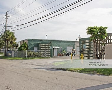 Storage Units for Rent available at 7450 NW 74th Avenue, Medley, FL 33166 Photo Gallery 1