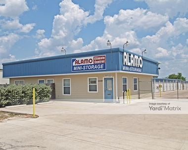 Storage Units for Rent available at 2339 Innovation Blvd, Hutto, TX 78634