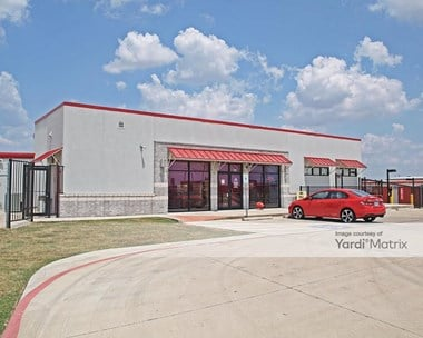 Storage Units for Rent available at 646 West Front Street, Hutto, TX 78634 Photo Gallery 1