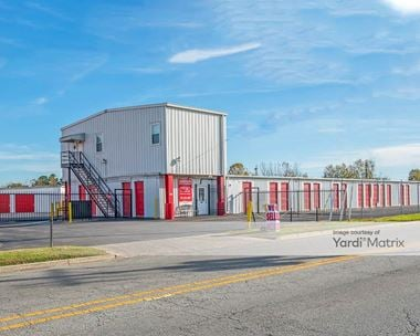 Storage Units for Rent available at 204 Moore Avenue, Suffolk, VA 23434