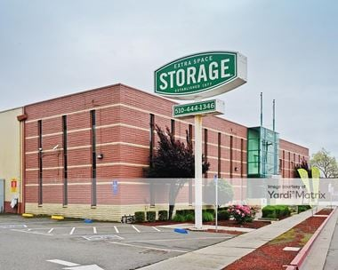 Storage Units for Rent available at 300 Market Street, Oakland, CA 94607