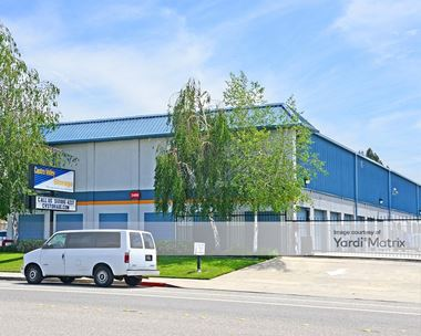 Storage Units for Rent available at 2489 Grove Way, Castro Valley, CA 94546