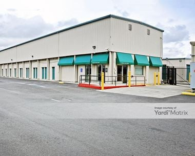Storage Units for Rent available at 2201 Clement Avenue, Alameda, CA 94501