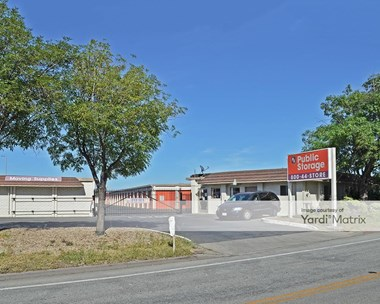 Storage Units for Rent available at 375 Shoreway Road, San Carlos, CA 94070 Photo Gallery 1