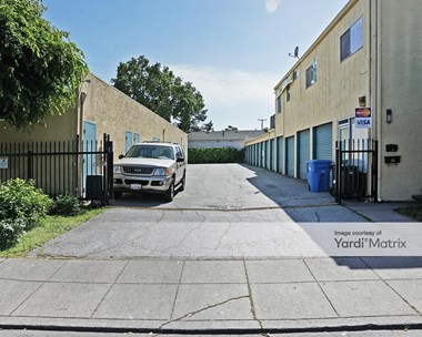 Storage Units for Rent available at 920 Shasta Street, Redwood City, CA 94063 Photo Gallery 1
