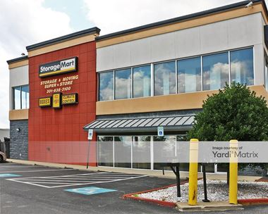 Storage Units for Rent available at 2445 Crain Hwy, Waldorf, MD 20601
