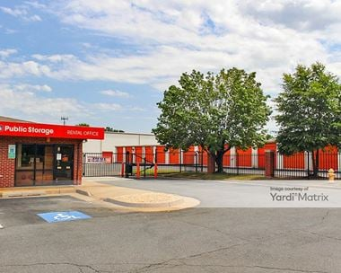 Storage Units for Rent available at 13887 Smoketown Road, Woodbridge, VA 22192