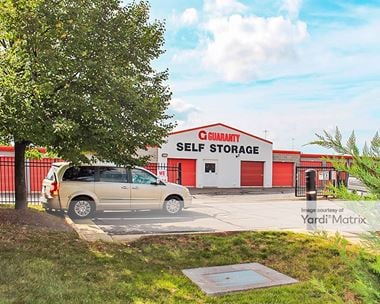 Storage Units for Rent available at 4526 Daly Drive, Chantilly, VA 20151