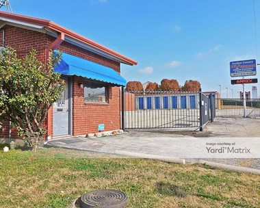 Storage Units for Rent available at 3111 Fort Worth Hwy, Weatherford, TX 76087 Photo Gallery 1