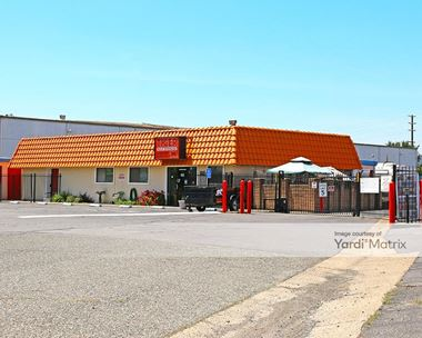 Storage Units for Rent available at 9609 Oates Drive, Sacramento, CA 95827