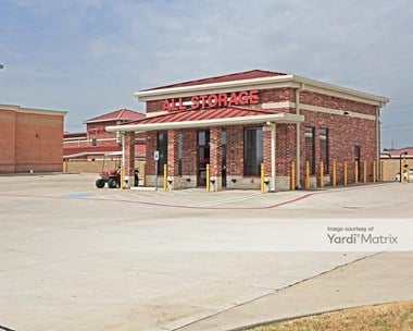 Storage Units for Rent available at 5125 Lake Ridge Pkwy, Grand Prairie, TX 75052 Photo Gallery 1