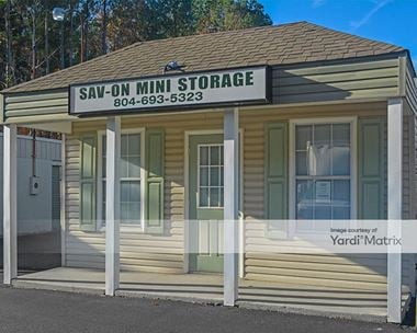 Storage Units for Rent available at 4834 George Washington Memorial Hwy, Hayes, VA 23072