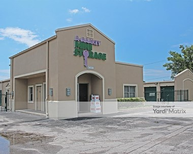 Storage Units for Rent available at 14220 66th Street North, Clearwater, FL 33764 Photo Gallery 1