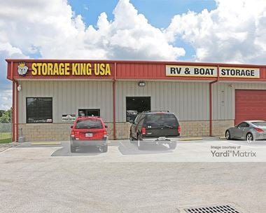 Storage Units for Rent available at 2100 Dundee Road, Winter Haven, FL 33884