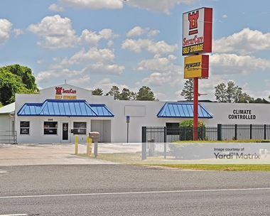 Storage Units for Rent available at 1000 Commercial Way, Spring Hill, FL 34606