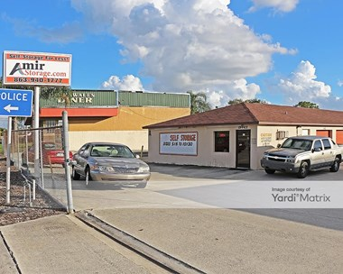 Storage Units for Rent available at 115 West State Road 60, Lake Wales, FL 33853 Photo Gallery 1