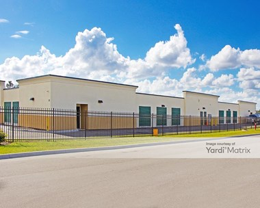 Storage Units for Rent available at 18286 East Apshawa Road, Minneola, FL 34715 Photo Gallery 1