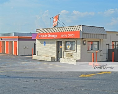 Storage Units for Rent available at 3055 Jones Mill Road, Norcross, GA 30071 Photo Gallery 1