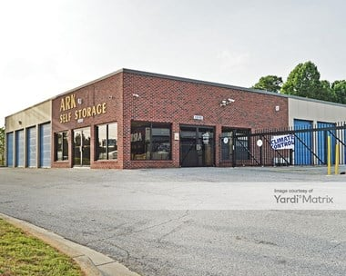 Storage Units for Rent available at 1410 Beaver Ruin Road, Norcross, GA 30093 Photo Gallery 1