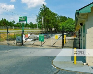 Storage Units for Rent available at 4902 Lake Acworth Drive, Acworth, GA 30101 Photo Gallery 1